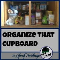 Organize | Pallets | Building with Pallets | We all have THAT cupboard. But a simple and inexpensive fix using pallet boards can make all the difference! Don't wait any longer! Organize that cupboard!